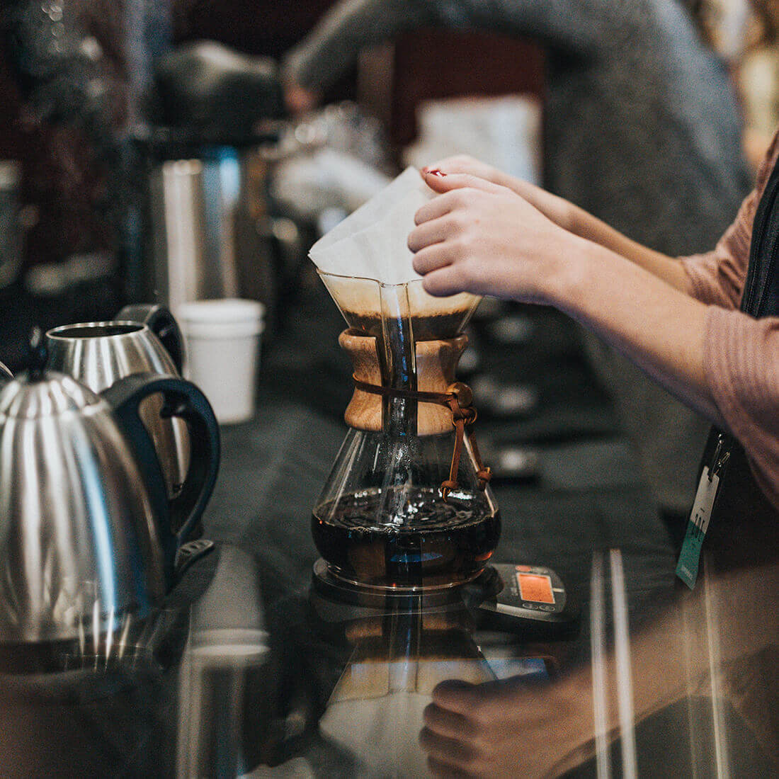 3 fáze filtrování kávy