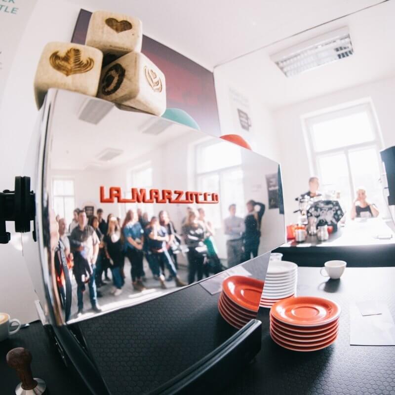 Letošní Prague Coffee Festival se nám představí v Pražské tržnici a zasvětí nás do udržitelnosti kávové kultury